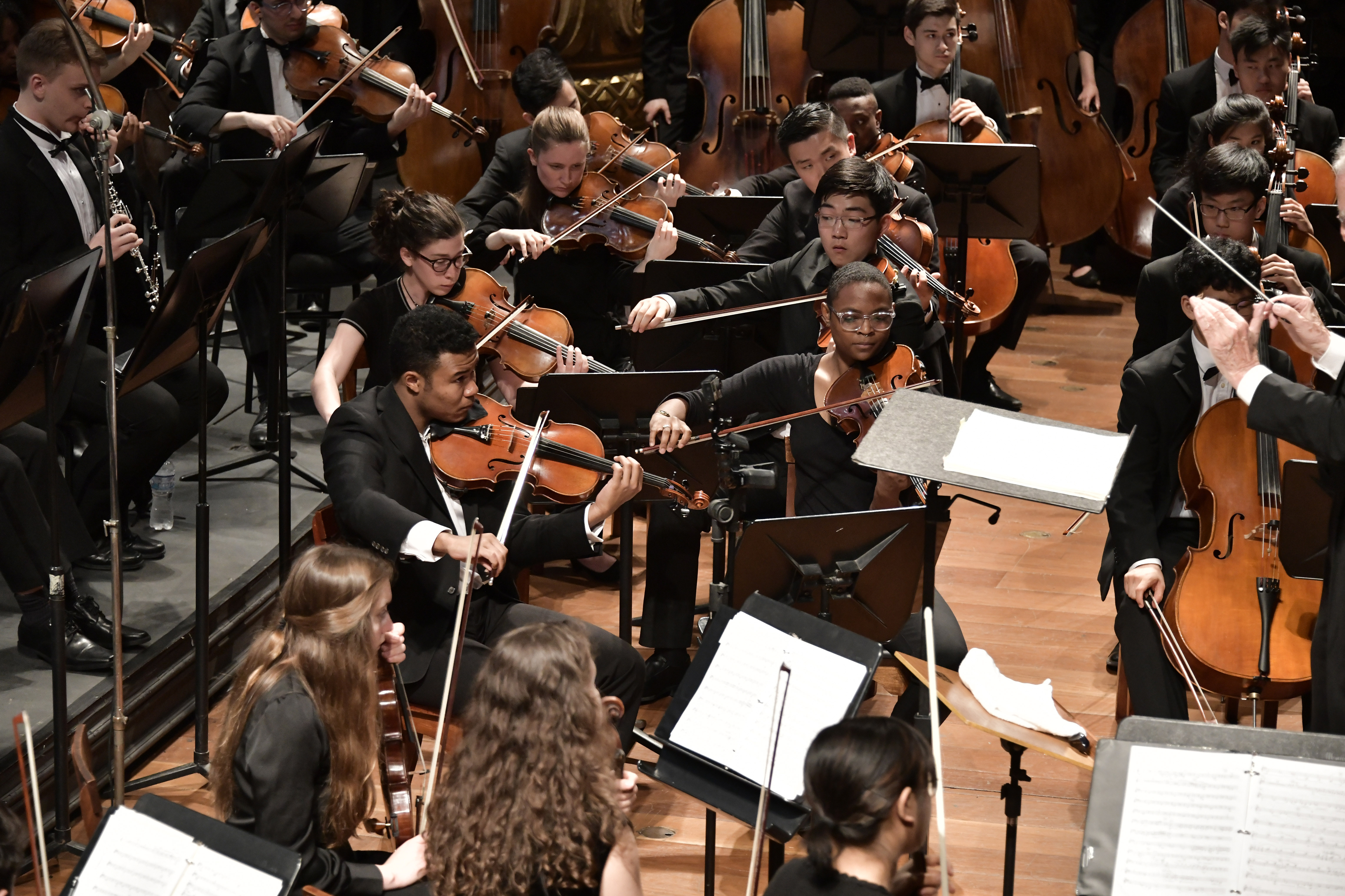 Violas-cellos-basses-inconcert